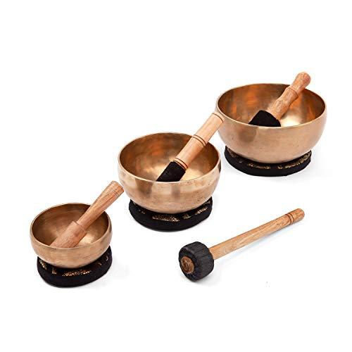 Handgefertigte tibetische Klangschalen aus Indien inkl. Unterlage & Holzklöppel (11 + 15 + 19 cm)