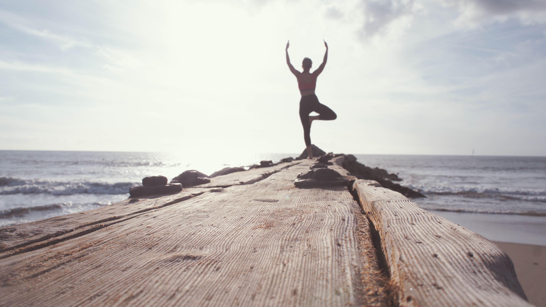 Übung-Baum-Power Yoga