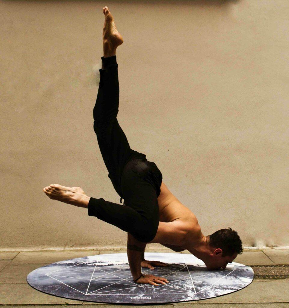 Yoga Kraehe Variationen 2