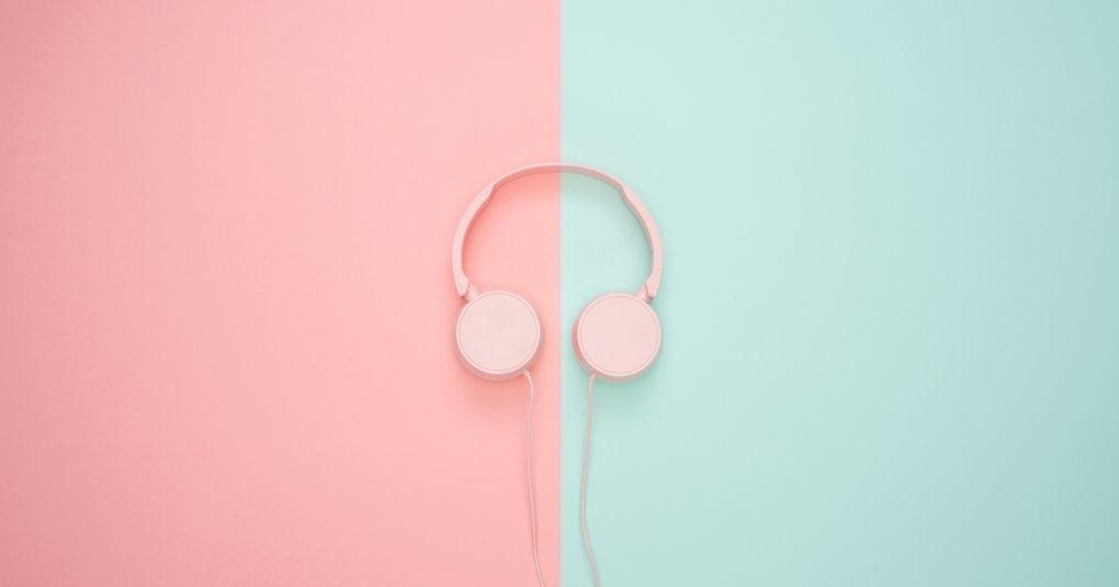 Die 10 besten Meditationsmusik-Tracks für einen intensiven Fokus